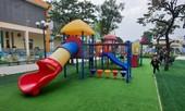 Mới nhất vụ trẻ 4 tuổi nhập viện vì chơi cầu trượt ở trường
