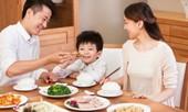 Trẻ em ăn Tết thế nào để không hại sức khỏe?
