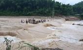 Đoàn viên thanh niên giúp dân khắc phục ảnh hưởng mưa lũ do bão số 3