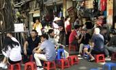 Hà Nội mạnh tay, nhiều người dân vẫn thờ ơ với 'lệnh' đeo khẩu trang