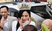 Hoa hậu Đỗ Thị Hà về thăm quê nhà