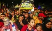 Thất bại, tuyển Malaysia vẫn được đón tiếp như những người hùng