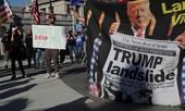 Ông Trump nói Pennsylvania có hơn 1 triệu phiếu bầu 'từ trên trời rơi xuống'