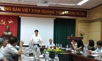 Tòa đã triệu tập ông Trương Quốc Cường (đứng) đến phiên tòa xử vụ VN Pharma vào ngày 23/9 tới. Ảnh: Thái Hà.