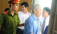Nguyên Trưởng Ban bồi thường giải phóng mặt bằng quận 1 - bị cáo Lê Quốc Cường tại phên xử hôm nay 15/10.