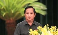 Ông Nguyễn Hữu Tín lúc đương chức Phó Chủ tịch UBND TPHCM.