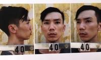 Huy 'nắm độc' (trái sang) cùng 2 đối tượng trong vụ án. Ảnh: CA