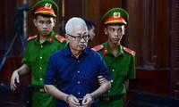 Cựu Tổng giám đốc DongABank Trần Phương Bình tại phiên tòa. Ảnh: Tân Châu