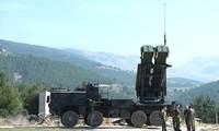 Cận cảnh quá trình triển khai hệ thống phòng thủ tên lửa S-400