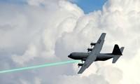 Mỹ phát triển vũ khí laser 'trị' các đàn máy bay không người lái