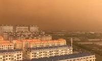 Ô nhiễm không khí, bầu trời thành phố của Trung Quốc chuyển màu cam