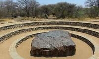 Nông dân phát hiện tảng thiên thạch nặng 60 tấn
