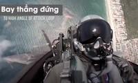 Tiêm kích tàng hình F-22 trổ tài nhào lộn đáng kinh ngạc