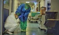 Bên trong bệnh viện tuyến đầu chống virus corona ở tâm dịch Italy