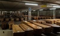 Bên trong nhà xác 'dã chiến' tại Tây Ban Nha