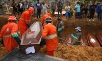 Một ngày làm việc của người thu thập thi thể tại Brazil do Covid-19