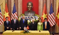 Việt Nam ký hợp đồng hơn 15 tỷ USD mua máy bay của Mỹ