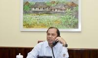 Thứ trưởng Nguyễn Quốc Dũng tại cuộc điện đàm. (ảnh: BNG)