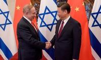 Thủ tướng Israel Benjamin Netanyahu và Chủ tịch Trung Quốc Tập Cận Bình. (Ảnh: Reuters)