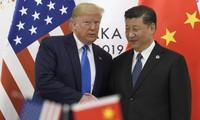Tổng thống Mỹ Donald Trump và Chủ tịch Trung Quốc Tập Cận Bình gặp nhau bên lề Thượng đỉnh G20 hồi tháng 6 tại Nhật Bản. (Ảnh: AP)