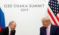 Lãnh đạo Nga và Mỹ gặp nhau tại thượng đỉnh G20 ở Osaka, Nhật Bản, vào tháng 6 năm nay. (Ảnh: Reuters)