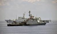 Bức ảnh do Hải quân Indonesia chụp một tàu hải cảnh Trung Quốc hiện diện ở khu vực quần đảo Natura vào tháng 6/2016