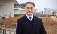 Bộ trưởng Y tế Hàn Quốc Park Neunghoo. (Ảnh: CNN)