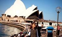 Đại sứ quán Việt Nam thông báo việc Úc điều chỉnh chính sách đối với người nước ngoài