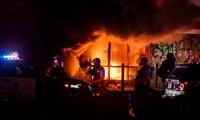 Khung cảnh bạo lực ở Minneapolis hôm 27/5. (Ảnh: Getty Images)