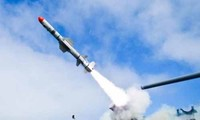 Tên lửa RGM-84L Harpoon Block II.