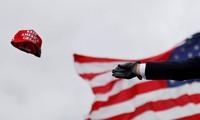"""""""Khiến nước Mỹ vĩ đại trở lại"""" trở thành thương hiệu của ông Trump. (Ảnh: Reuters)"""