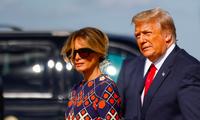Ông Trump và phu nhân rời Nhà Trắng ngày 20/1. (Ảnh: Reuters)