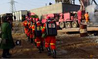 Công trường nơi đang thực hiện cuộc giải cứu các công nhân kẹt dưới mỏ vàng sập. (Ảnh: Reuters)