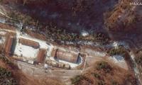 Hai lối vào đường hầm được vệ tinh chụp vào tháng 12/2019. (Ảnh: Maxar)