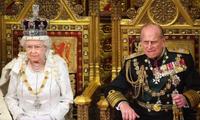 Nữ hoàng Anh Elizabeth và Phu quân Philip năm 2012. (Ảnh: Reuters)