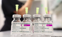 70% dân số được tiêm vắc-xin có thể chưa đủ để đạt được miễn dịch cộng đồng. (Ảnh: Reuters)