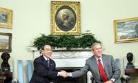 Nguyên Thủ tướng Phan Văn Khải trong chuyến thăm Mỹ năm 2005. (Ảnh: PV)