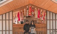 """Đi """"đu đưa"""" liveshow Sơn Tùng M-TP, cặp Sky nên duyên vợ chồng sau 4 năm yêu nhau"""