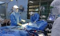 Sản phụ mắc COVID-19 suy tim cấp may mắn được cứu sống
