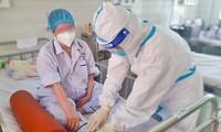 Nữ điều dưỡng mang thai vượt qua lằn ranh sinh tử khi mắc COVID-19