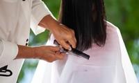 8 lý do khiến bạn mất cả đống tiền cho đủ loại mỹ phẩm nhưng tóc xấu vẫn hoàn xấu