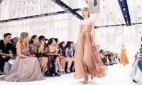 Người giàu không ít, nhưng vì sao chỉ có khoảng 4000 phụ nữ được sở hữu đồ Haute Couture?