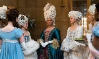 """""""Bridgerton"""": 7.500 bộ trang phục vương giả lộng lẫy và những bí mật hậu trường giờ mới kể"""