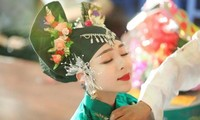"""Dương Trà My- Người từng được mệnh danh là """"Cô đồng xinh nhất Việt Nam""""."""