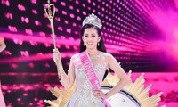 Hành trình đến vương miện của tân Hoa hậu Trần Tiểu Vy