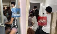 Lộ ảnh Đông Nhi-Ông Cao Thắng ở phòng khám thai gây xôn xao