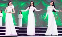 Màn trình diễn áo dài đong đầy cảm xúc của Top 59 thí sinh Hoa hậu Việt Nam 2020