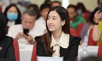 Hoa hậu Đỗ Mỹ Linh tại Giải Vô địch quốc gia Marathon và cự ly dài báo Tiền Phong chiều 9/3. Ảnh: Dương Triều.