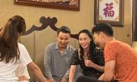 Bà Xuân tung ảnh hậu trường 'Hương vị tình thân' khiến khán giả phì cười