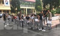 Các thí sinh tự do thuộc Trung đội CSCĐ 113 Lạng Sơn dự thi tốt nghiệp THPT 2019 khá tự tin .Ảnh: Duy Chiến
